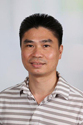 Hr. Le